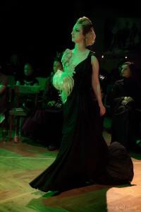 Foto: Sven Nowak 2014 Regie: Frank Schletter Outfit von Weerasak Karnchuang